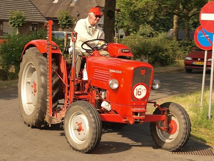 Restored Güldner G35S tractor