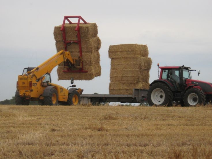 Valtra and trailer