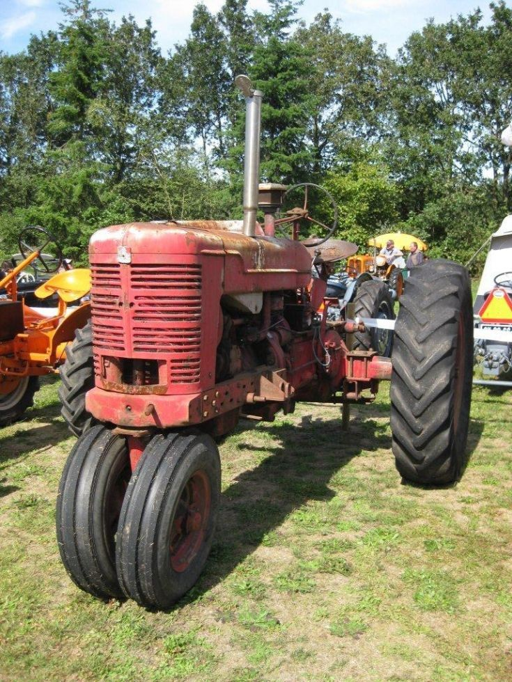 unknow tractor