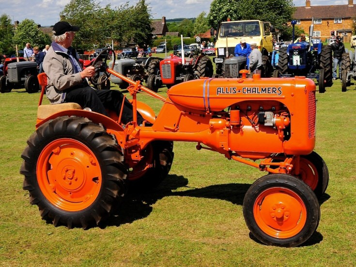 Preserved Allis-Chalmers tractor