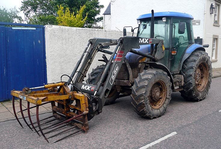 New Holland TD95D in Cromarty
