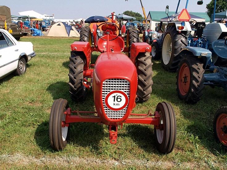 Güldner tractor