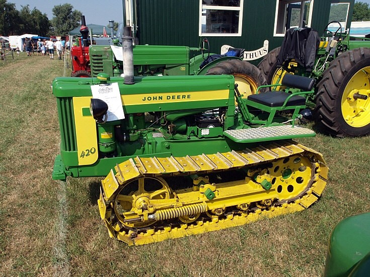 Photo of a John Deere 420
