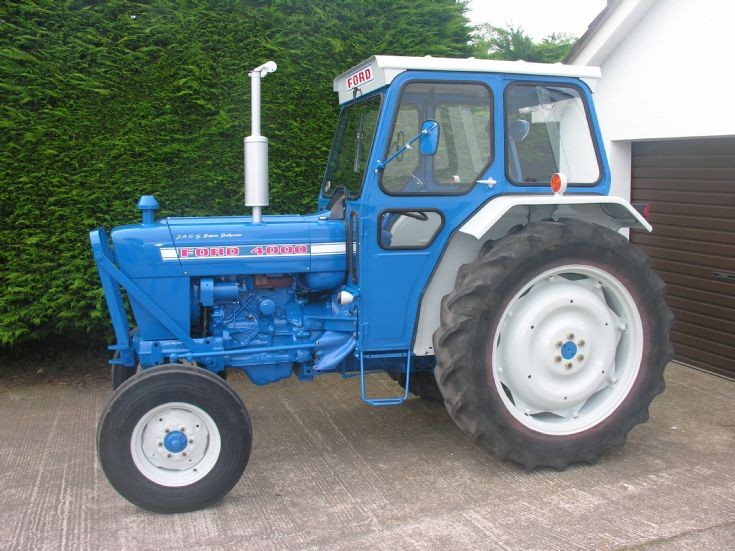 Ford 4000 Force