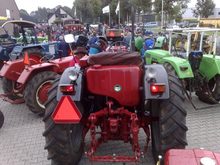 Tractor tour