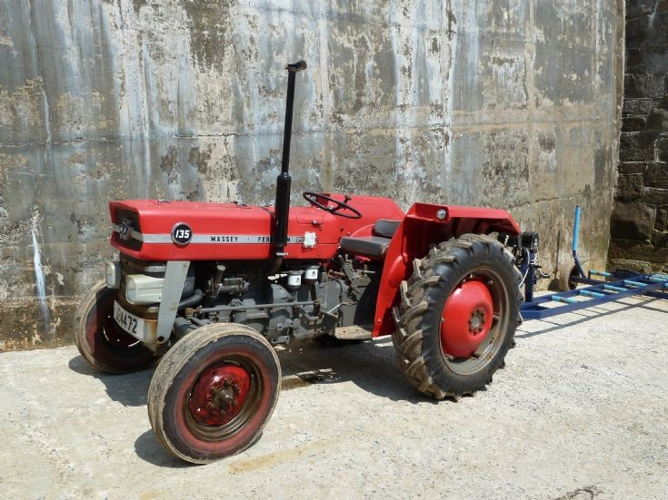 Massey Ferguson135