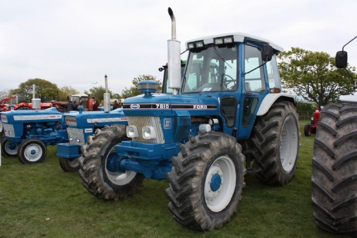 Big Ford Tractors : Tractor photos ford
