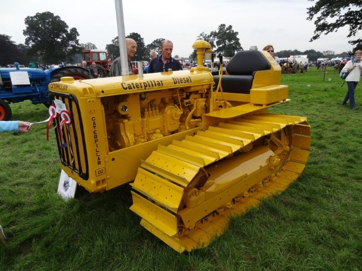 Old Antique Caterpillar Tractors : Tractor photos caterpillar at vintage show