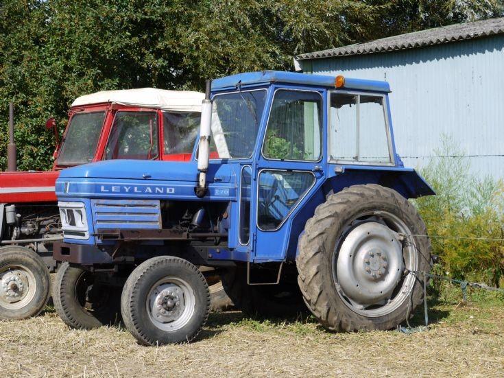 Leyland 270