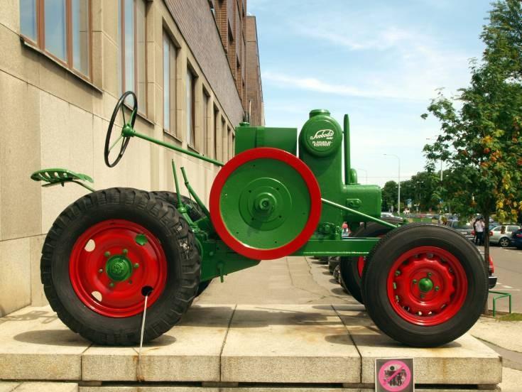 Svoboda ML Boleslav-Kosmonosy tractor
