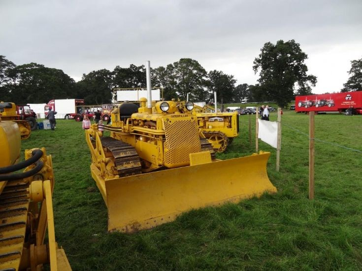 Cat D4 at Vintage Show, Scone Palace, Perth, UK