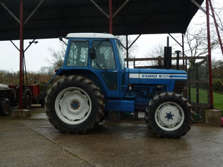 Ford 8200