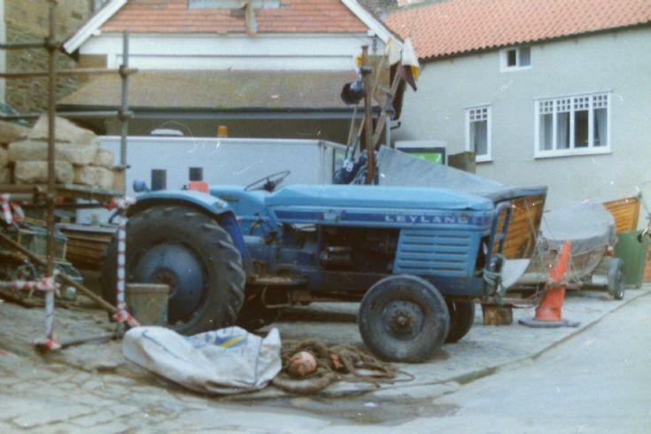 Leyland 384