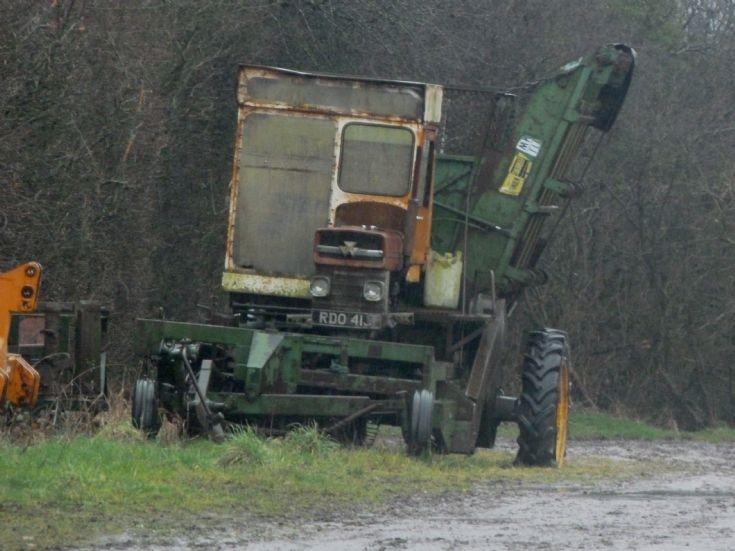 Standen Beet Harvester