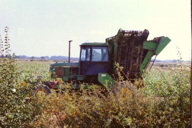 John Deere 2140 Standen Beet harvester