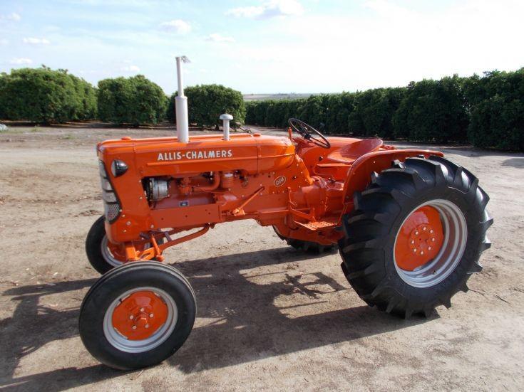 Restored 1957 Allis Chalmers D-14
