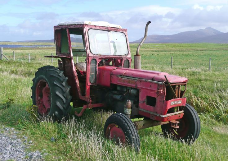 Another view of Zetor 5511 on South Uist