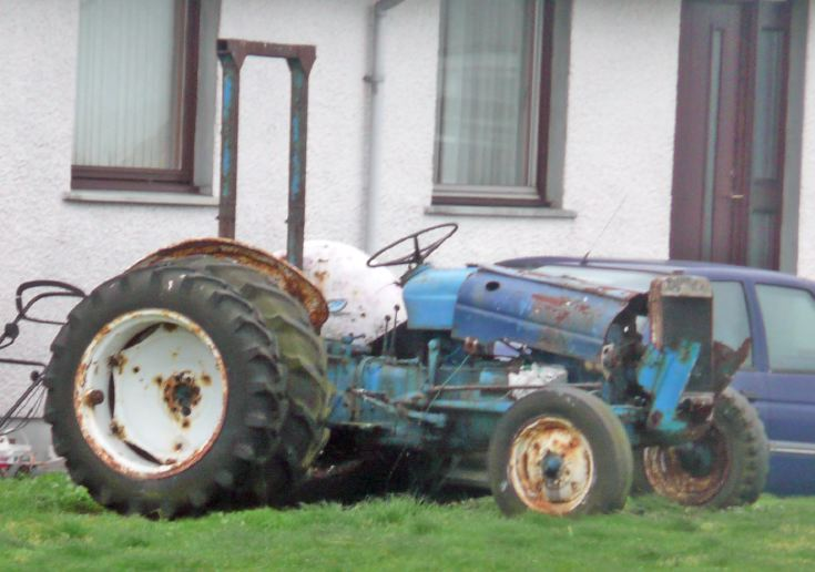 Dead Fordson Super Dexta tractor, South Uist