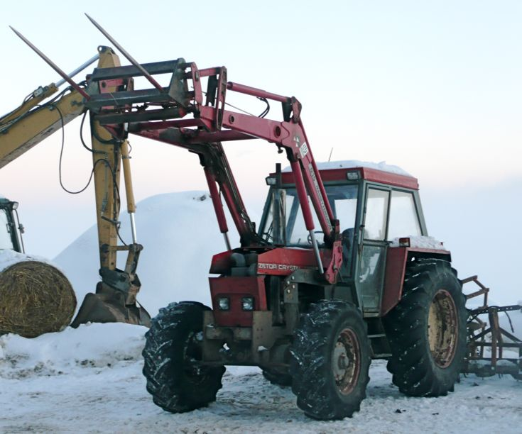 Zetor Crystal at stable near Fortrose