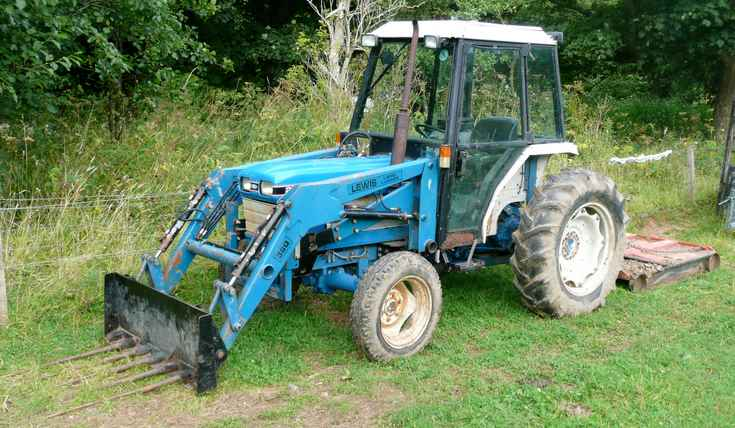 Ford 2120 Tractor : Tractor photos ford near castle leod strathpeffer