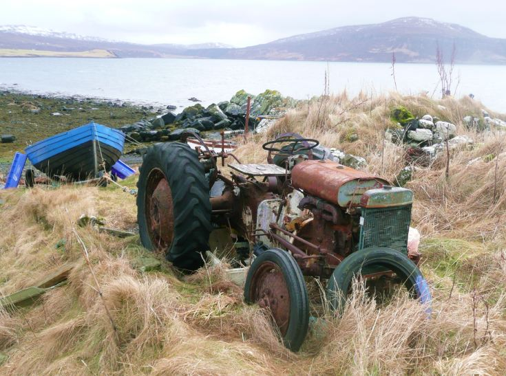Unknown derelict tractor, Stein, Waternish, Isle of Skye