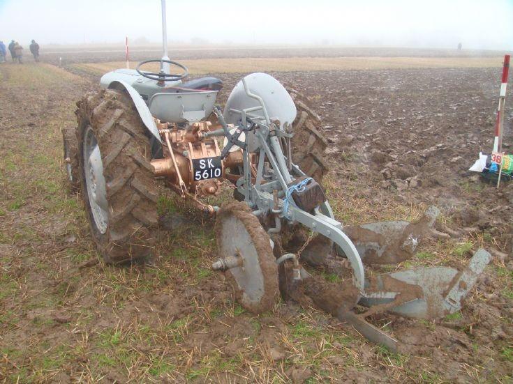 Ferguson Grey Gold Foulis Ploughing Match