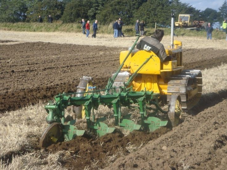 CAT D2 + D.Plough at work