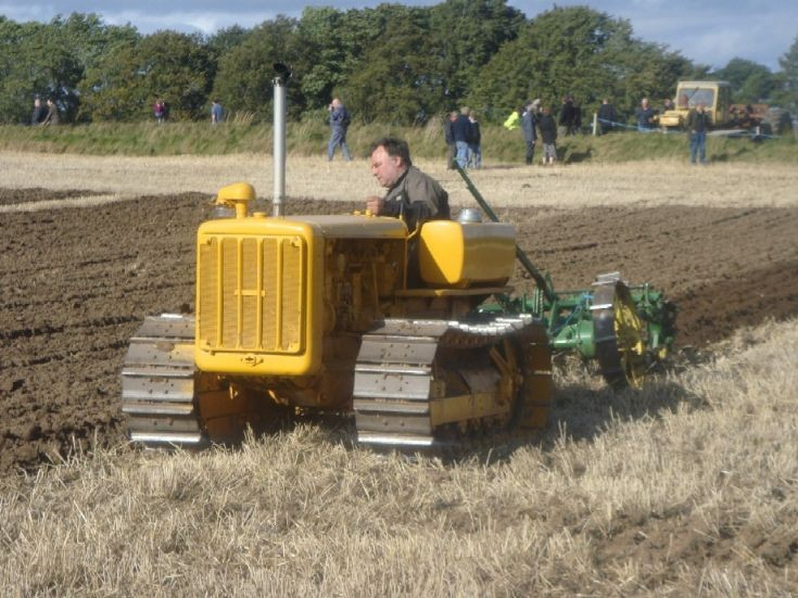 CAT D2 + D.Plough