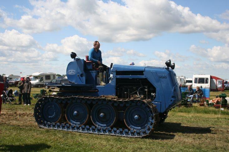 Vickers VR180 crawler