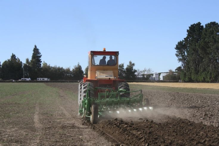 Case 1200 ploughing