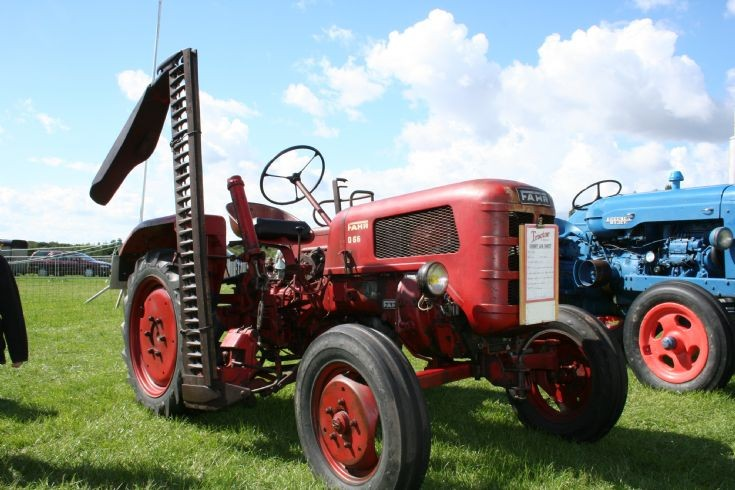 Fahr D66 Tractor